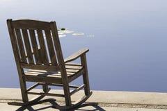 Tentation tranquille par un lac city Photo libre de droits