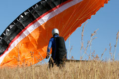 Tentativa del lanzamiento de Paraglide Fotografía de archivo