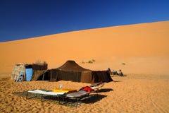 Tente dans le désert de Sahara Images libres de droits