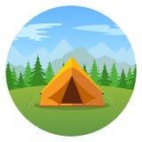 Tente de bande dessinée dans un paysage d'icône de montagnes illustration de vecteur