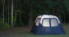 Tente de crépuscule photo stock