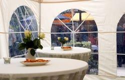 Tente de réception dans le jardin 2 Photo stock