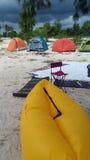 Tente sur la côte images libres de droits