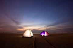 Tente sur la plage Photos libres de droits
