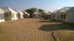 Tenten in Woestijn Royalty-vrije Stock Afbeelding