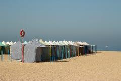 Tentes de plage au Portugal Image libre de droits