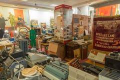 Tentoongestelde voorwerpen van het Museum van de Geschiedenis van de Centrale Telegraaf, Moskou, Rusland Stock Foto