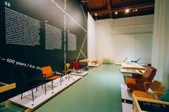 Tentoonstelling bij het Finse Ontwerpmuseum (Designmuseo) in Helsink Royalty-vrije Stock Fotografie