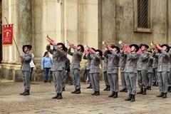 Tentoonstelling door de militaire korpsen van Bersaglieri stock foto's