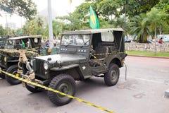 Tentoonstelling van militaire auto's in Rio DE janeiro stock foto's