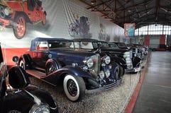 Tentoonstelling van retro auto's in Moskou Stock Afbeelding