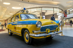 Tentoonstelling van zeldzame auto's van 40-70 jaren geleden van de 20ste eeuw Stock Foto