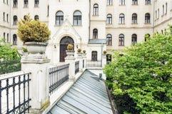 Teologisk högskola i Gyor, arkitektoniskt tema Royaltyfria Foton