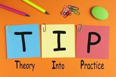 Teoria no Tip da prática Foto de Stock