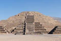 Teotihuacan在墨西哥城附近的阿兹台克人废墟 库存照片