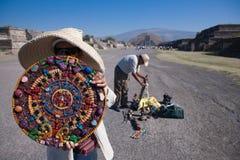 玛雅日历纪念品在Teotihuacan 库存照片
