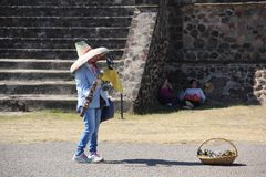 Souvenir vendor at Teotihuacan ancient pre-Columbian site, Mexico Stock Images