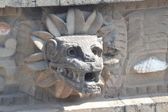 Teotihuacan, Jaguar font face/têtes Photo stock