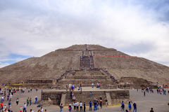 TEOTIHUACAN, MEXICO - 28 DECEMBER 2015: People on Teotihuacan Stock Photos