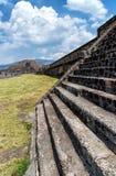 teotihuacan pyramider Royaltyfri Bild