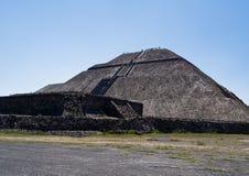 teotihuacan pyramidsun Arkivfoto