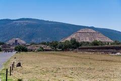 teotihuacan pyramidsun Royaltyfri Bild