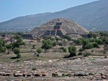 teotihuacan pyramidsun Royaltyfria Bilder