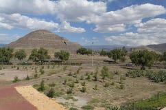 teotihuacan pyramidsun Fotografering för Bildbyråer