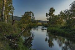 Tepla Vltava rzeka blisko Soumarsky Najwięcej wioski zdjęcie royalty free