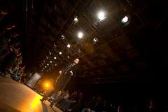 teplov выставки serguei способа c женское модельное Стоковые Фотографии RF