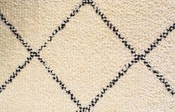 Teppichbeschaffenheit der weißen Quadrate des Teppichs der weichen Bodenwand-Sommermuster Schwarzweiss- lizenzfreie stockbilder