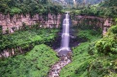 Tequendama在波哥大,哥伦比亚附近下跌 免版税图库摄影