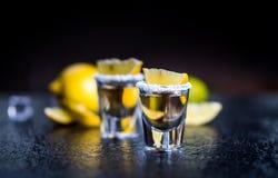 Tequila avec le citron photographie stock