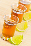 Tequila met kalk Royalty-vrije Stock Foto's