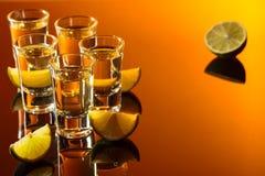 Tequila- und Kalkscheiben Lizenzfreie Stockfotos