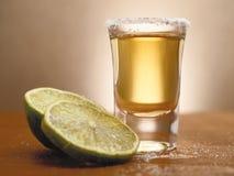 Tequila- und Kalkzeit Stockbild