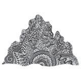 Ter beschikking getrokken van het bergsilhouet krabbelstijl Royalty-vrije Stock Afbeelding