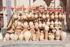 Terakota puszkuje dla sprzedaży w Nizwa, Oman Fotografia Royalty Free