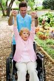 Terapeuta físico no trabalho Fotos de Stock Royalty Free