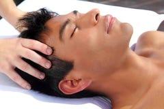 Terapia antica del Maya di massaggio capo di Chakras fotografia stock libera da diritti