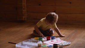 Terapia del arte para los niños Psicología de la personalidad del ` s del niño Ayuda que gana confianza Gráfico Creatividad y metrajes