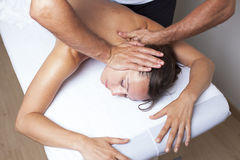 Terapia myofascial fêmea foto de stock royalty free