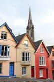 Terassenförmig angelegte Häuser. Cobh, Irland Stockfotografie