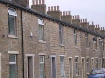 Terassenförmig angelegte Steinhäuser, Accrington, Großbritannien. Lizenzfreie Stockfotos