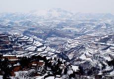 Terassenförmig angelegtes Feld des Schnees Lizenzfreie Stockbilder