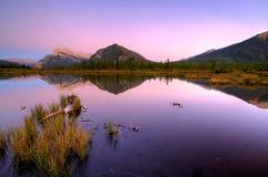 Tercer lago bermellón fotografía de archivo