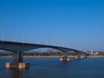 """Tercer Thai†""""Lao Friendship Bridge Imágenes de archivo libres de regalías"""