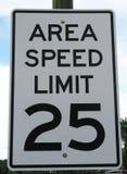 Teren prędkości ograniczenia znak Zdjęcia Royalty Free