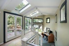 terenu biura skylights z Fotografia Royalty Free