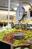 terenu produkty spożywcze skala ciężar Obrazy Stock
